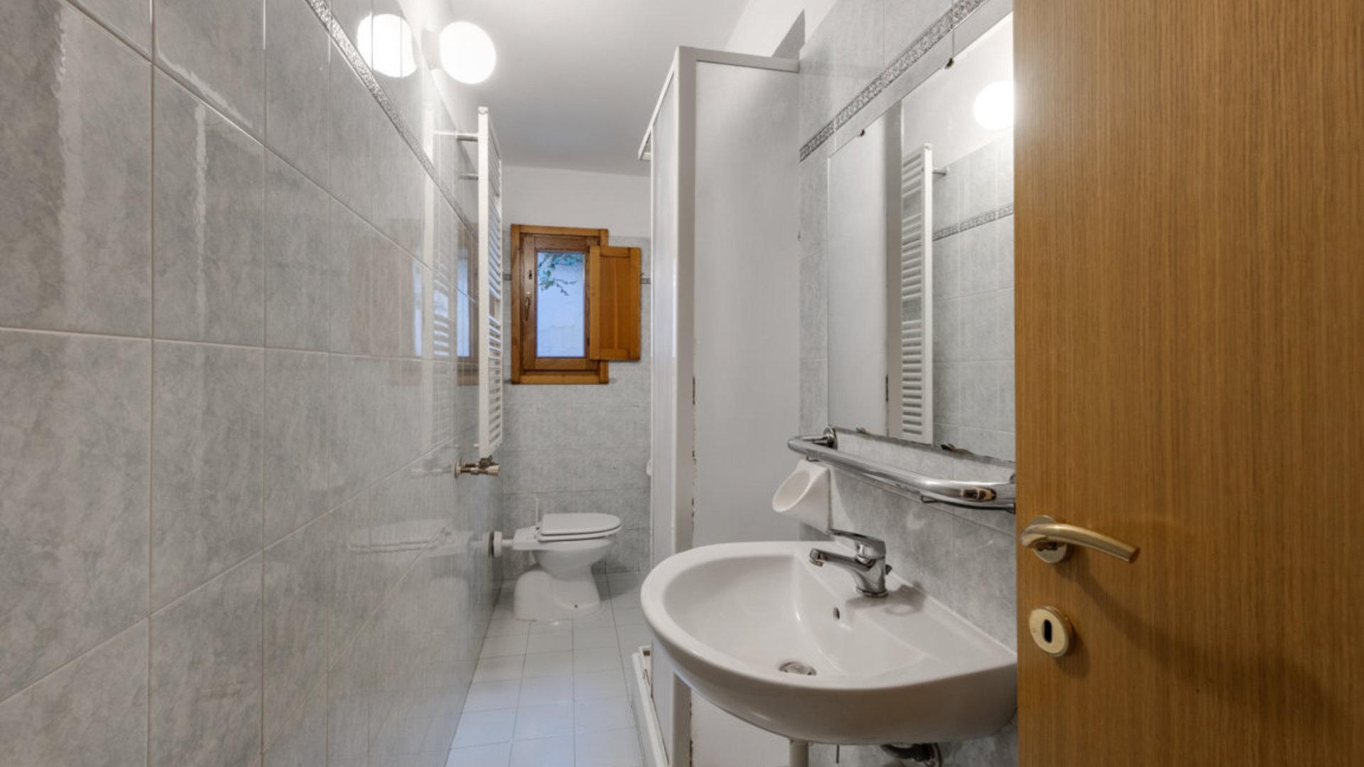 Compa3   bagno